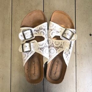 American Eagle Ivory Lace Double Buckle Sandals